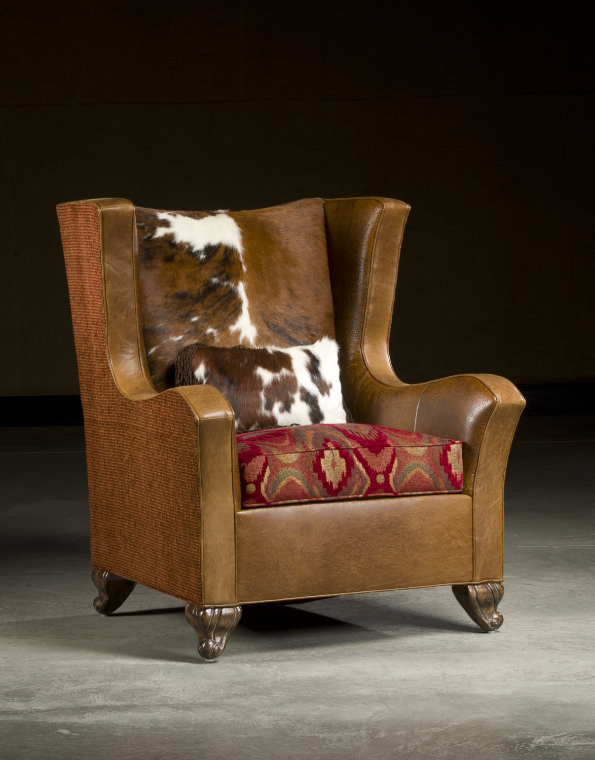 Delicieux Larkin, Leather Cow Hide Combination Club Chair.